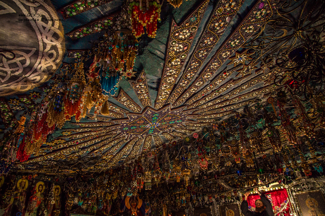 Картинки по запросу Бисерный храм крым