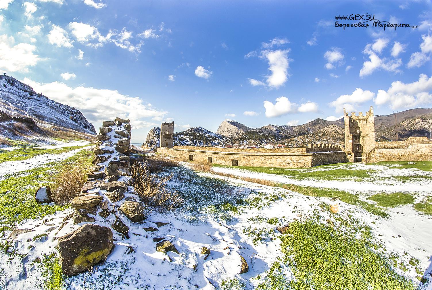 Крепость в Судаке зимой