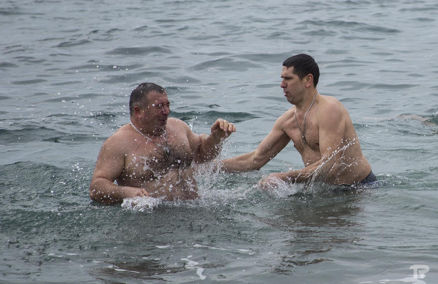 крещенское купание в судаке 2015