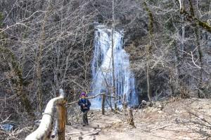 водопад в ущелье Хапхал