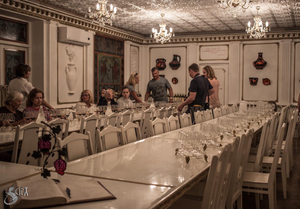 дегустационный зал в судаке