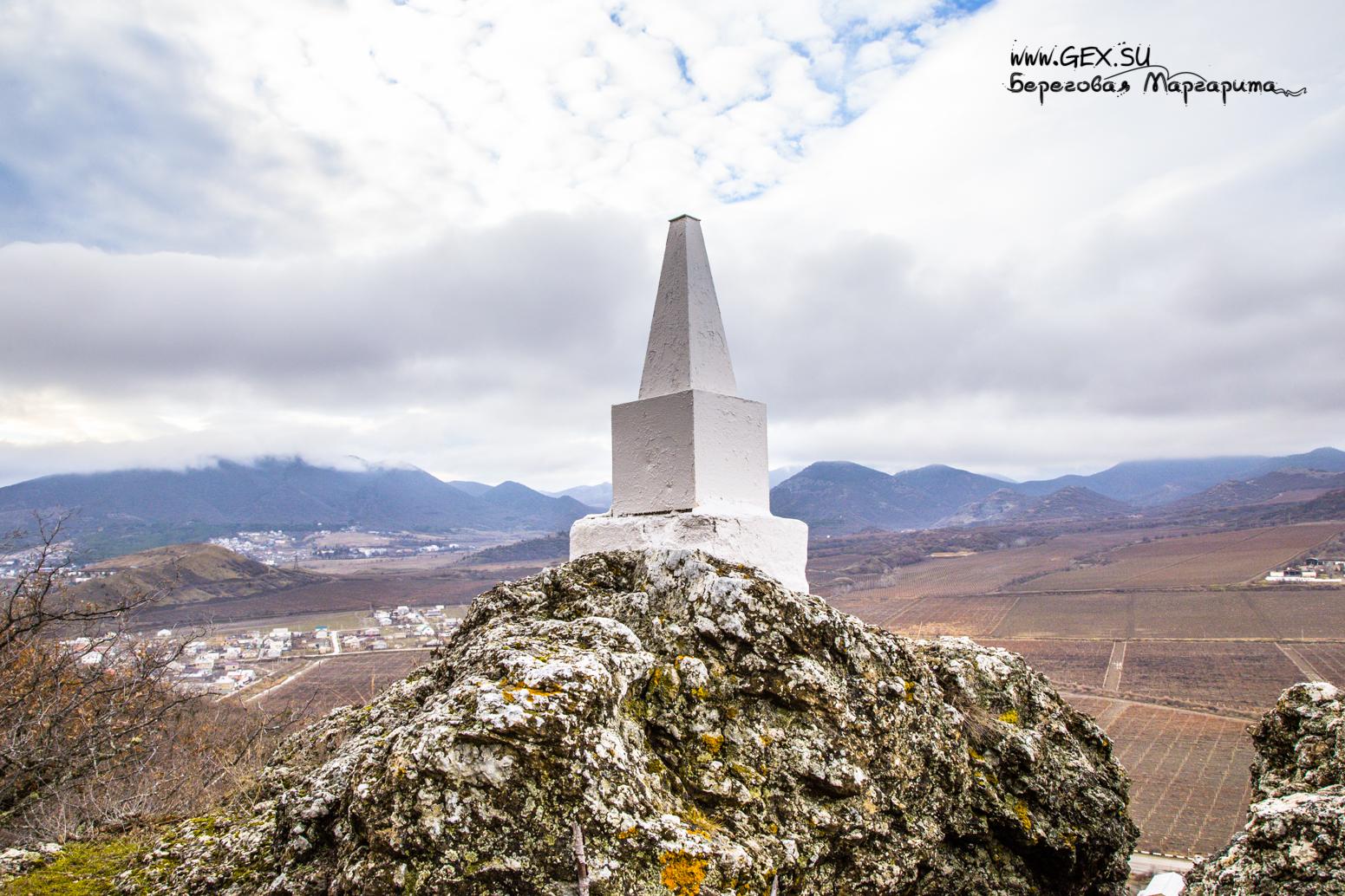 Памятник десантникам в Судаке