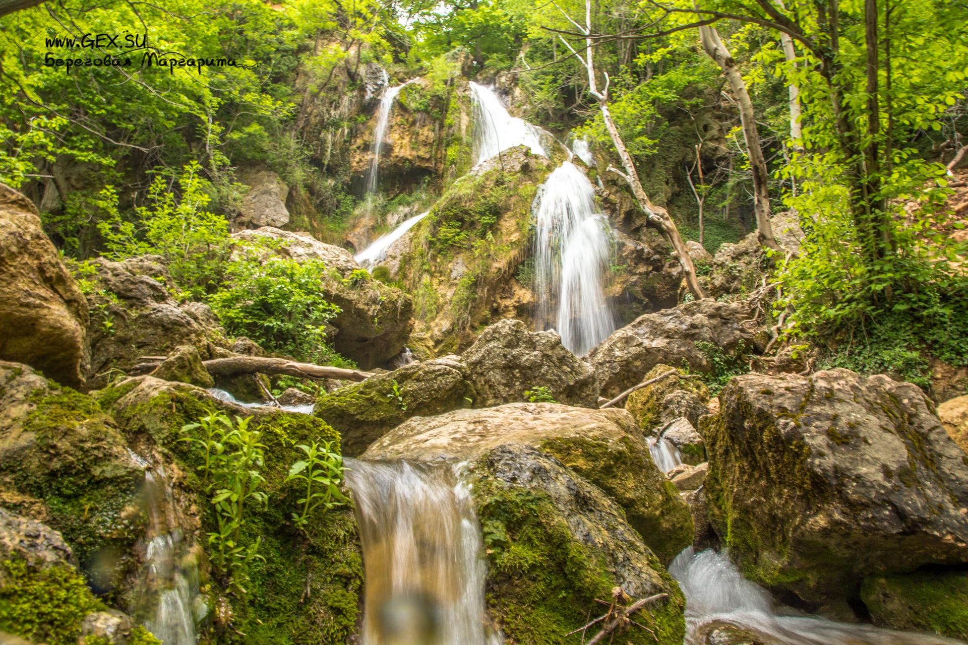 Водопад Су-Учхан у Красной пещеры