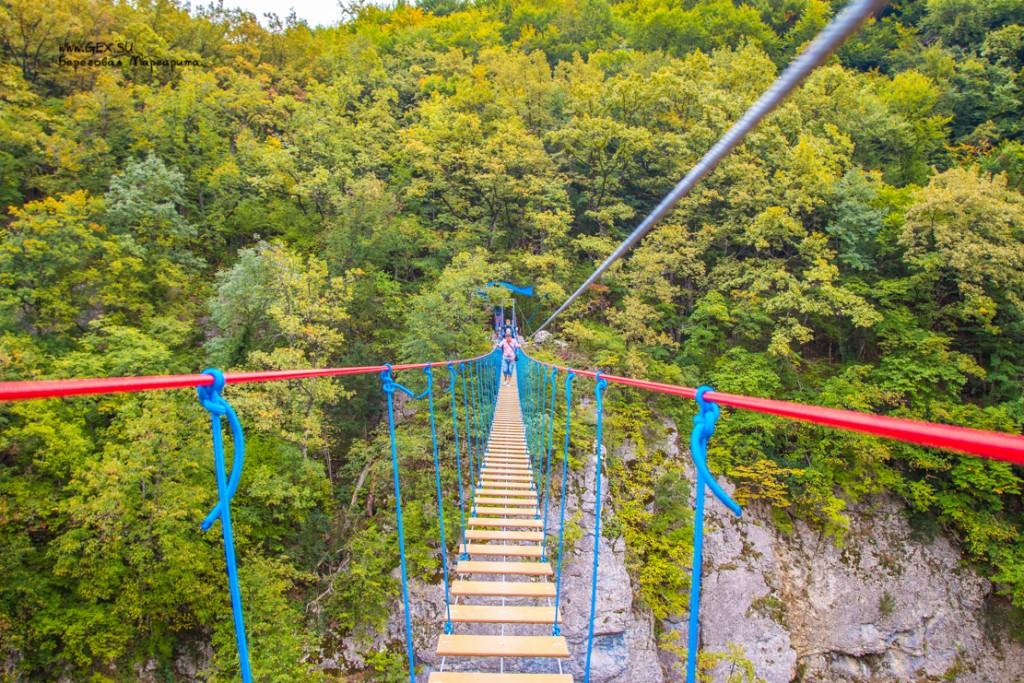 Подвесной мост в Большом каньоне