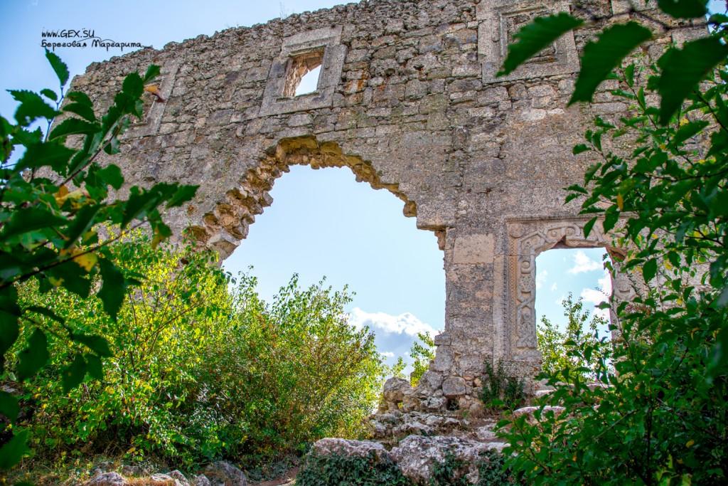 стена от крепости