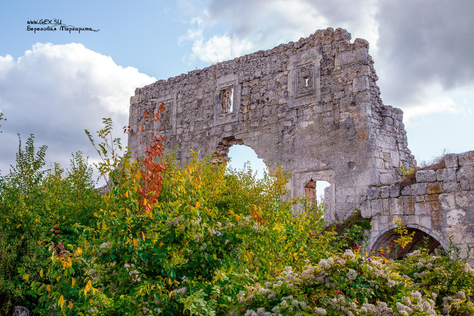 Крепость на Мангуп Кале