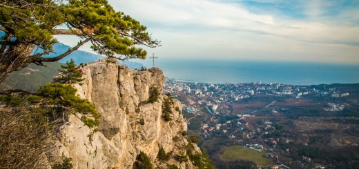 Крестовая гора на Боткинской тропе